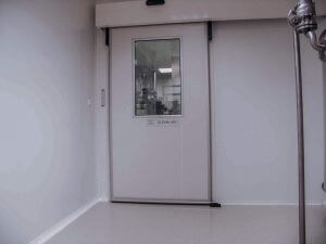 sliding-clean-room-laboratory-door-1